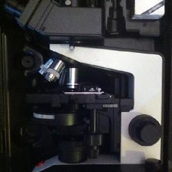 Microscope Leitz a contraste de phase