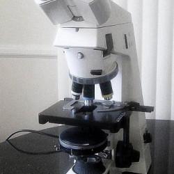 Microscope pour analyse parodontale Zeiss Akioscop