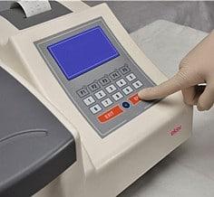Analyseur de biochimie 3000-C 2
