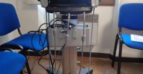 vue génerale avec le trolley de l' echographe sonosite M turbo